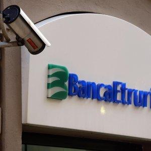 Banca Etruria insolvente, si apre l'inchiesta per bancarotta fraudolenta