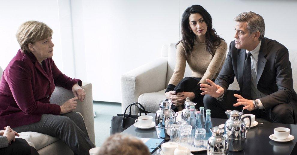 Berlino: George Clooney e Amal a colloquio con la Merkel