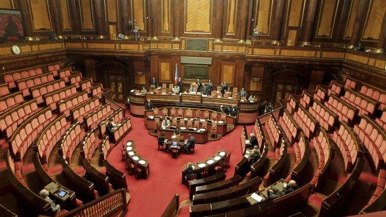 Giro vite su presenza in Aula senatori non votanti