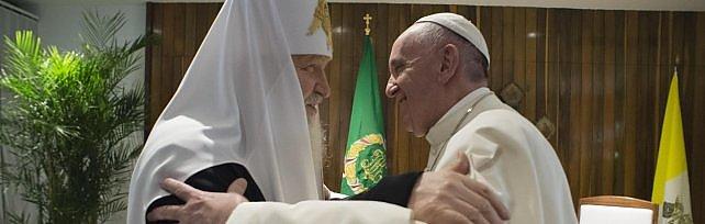 """Papa e patriarca, storico abbraccio a Cuba   video    """"Le nostre chiese unite per la pace""""   immagini"""