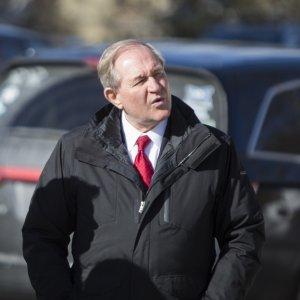 Primarie Usa, il repubblicano Gilmore si ritira
