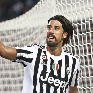 Juventus-Napoli, Allegri gioca la carta Khedira. Sarri non cambia, fiducia ai titolarissimi