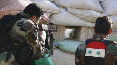 """Siria, la Turchia bombarda i curdi Usa: """"Fermate subito gli attacchi"""""""
