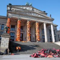 Da Lesbo all'Opera di Berlino: giubbotti salvagente nell'installazione di Ai WeiWei