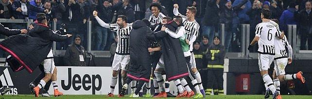 Sfida scudetto, di Zaza il gol del sorpasso   foto   Juve in testa, 1-0 al Napoli e vittoria n.15