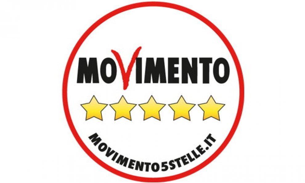 Nuovo simbolo per il M5s: sparisce il nome di Beppe Grillo