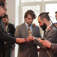 Perché il matrimonio gay contratto all'estero non vale in Italia