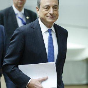"""Draghi: """"Non chiederemo altri soldi alle banche"""". Meno tasse e più investimenti per la ripresa"""