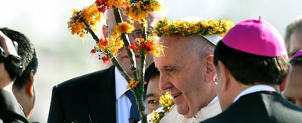 "Papa Francesco in Chiapas chiede perdono a indios: ""Saccheggiati ed esclusi"""