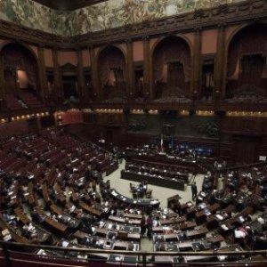 Conflitto di interessi, scontro Pd-Fi: Sisto, forzista, si dimette da relatore