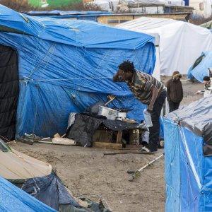"""Migranti, Austria: """"Controlli ai valichi con l'Italia"""""""