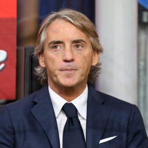 Mancini porta l'Inter in ritiro. Pirelli resta sponsor