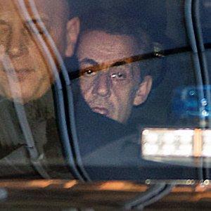 Francia, Sarkozy indagato per finanziamento illegale