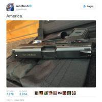 Jeb Bush, la foto della sua pistola su Twitter: