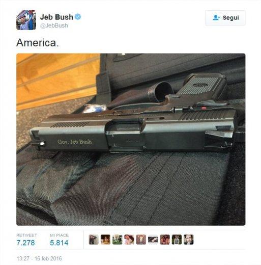 """Jeb Bush, la foto della sua pistola su Twitter: """"America"""""""