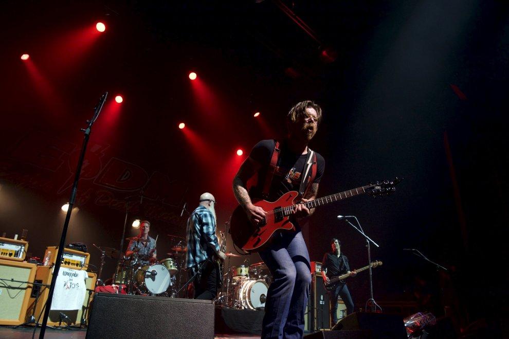 Eagles of Death Metal, ritorno a Parigi tre mesi dopo la strage del Bataclan