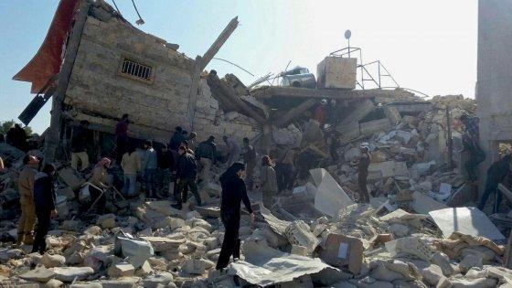 """Lettera da Aleppo: """"Tutto è distrutto e senza vita, è ora di andar via"""""""