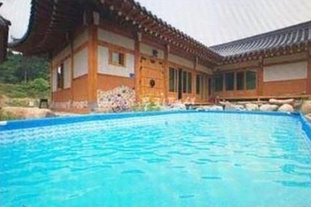 Annunci immobiliari, altro che villa con piscina: il trucco è nelle foto