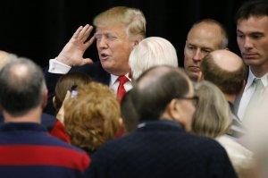 """Trump: """"La tortura funziona, ne faremo di più dure"""""""
