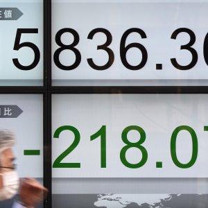 Tokyo, esportazioni in calo per il quarto trimestre consecutivo