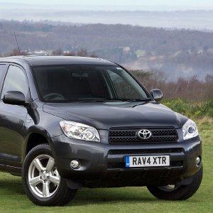 Cinture di sicurezza, Toyota richiama 2,9 milioni di auto