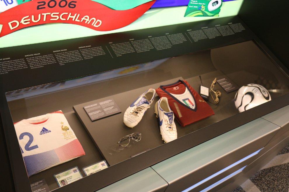 Dalla Coppa Rimet del '34 agli occhiali di Lippi, a Zurigo nasce il Museo del calcio