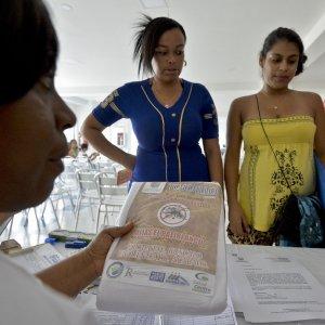 Zika, virus nel liquido amniotico. Studio rafforza tesi del legame con la microcefalia