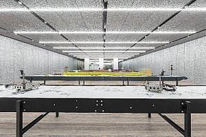 Robot e grandi pensatori, a Milano l'arte di Goshka Macuga