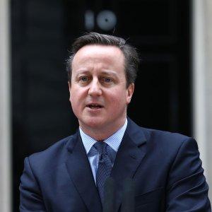 """Brexit, Cameron annuncia: """"Referendum in Gb il 23 giugno"""". E il suo governo si spacca"""
