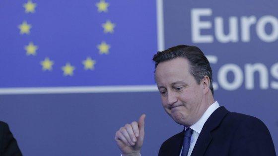 Brexit, i timori di una moneta più debole e i risparmi sui sussidi dei migranti: ecco i cinque scenari