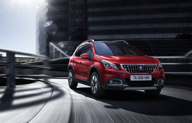 Nuova Peugeot 2008, spazio al suv compatto
