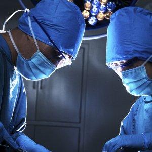 Francia, cadaveri 'rianimati' per addestrare i futuri chirurghi
