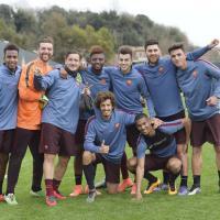 Totti-Spalletti, sorrisi e clima disteso in allenamento