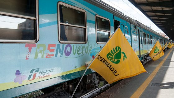 Riparte il Treno Verde di Legambiente: 11 tappe di un viaggio green
