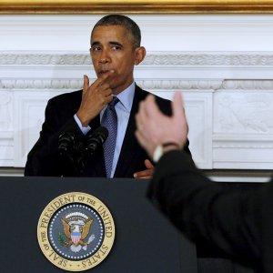 """Usa, Obama: """"Chiudiamo Guantanamo"""". Identificate 13 strutture altenative"""