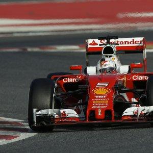"""F1, test Barcellona. Vettel vola: """"Ma c'è tanto lavoro da fare"""""""