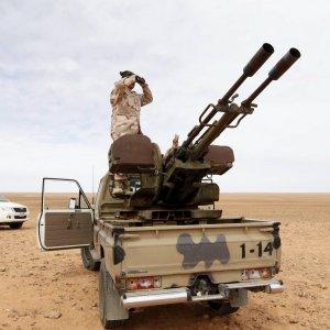 """Le Monde: """"Francia conduce operazioni segrete in Libia"""""""