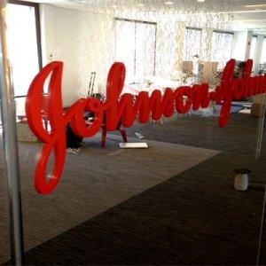 Usa, talco sotto accusa: Johnson & Johnson condannata a maxi risarcimento