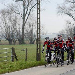 Ciclismo, primi accenni di classiche: in Belgio si corre sul pavè