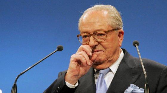 """Jean-Marie Le Pen: """"Marine si pentirà di avermi tradito, farò un partito per sfidare il Fronte"""""""