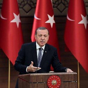 """Turchia, Erdogan: """"Non rispetto né accetto sentenza di Corte su giornalisti"""""""