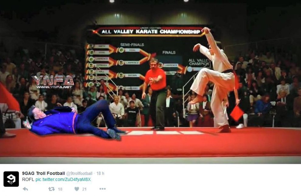 Gb, Van Gaal steso da Karate Kid: ironia sulla protesta all'Old Trafford