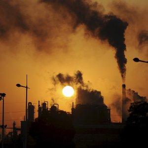 Cina: salteranno 6 milioni di posti di lavoro per tagliare la sovrapproduzione