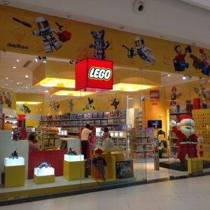 Lego, arrivano in Italia i negozi monomarca. Conti 2015 in forte crescita