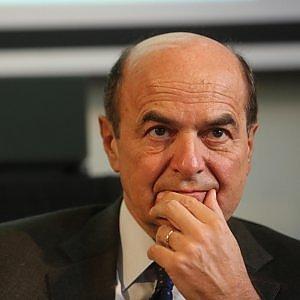 """Bersani: """"No a congresso anticipato"""". Vendola? """"Sono suo amico, ma scelta non mi convince"""""""