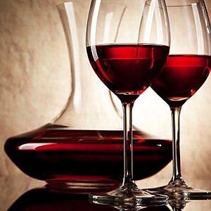 La rinascita del vino italiano 30 anni dopo il metanolo: l'export vola