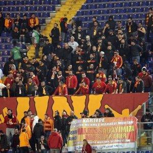 Uefa: Galatasaray un anno senza coppe, violato il fair play finanziario