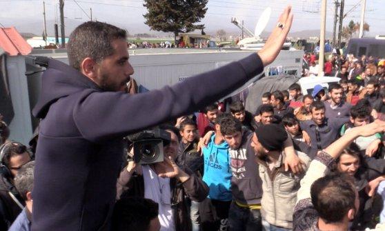 Tra i migranti di Idomeni, Mustafà e Ahmed: i leader della protesta al confine greco-macedone