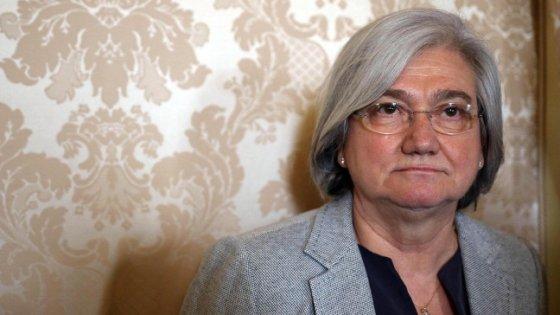 Antimafia a rischio la poltrona di rosy bindi for Chi va a roma perde la poltrona