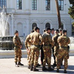 """Difesa: """"Mai acquistate armi con uranio impoverito per l'esercito italiano"""""""